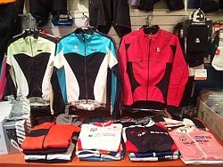 バイクタウンプラス 2011年 冬物 サイクルジャージ