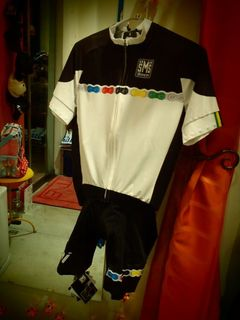 サンティーニ UCI ジャージ